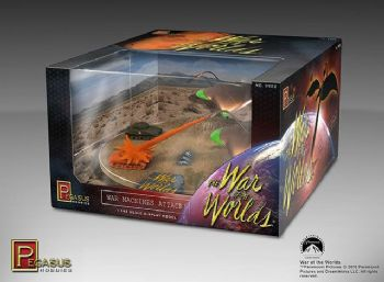 War Of The Worlds 1953 War Machines Attack 1/144 Scale Pre-Built Diorama